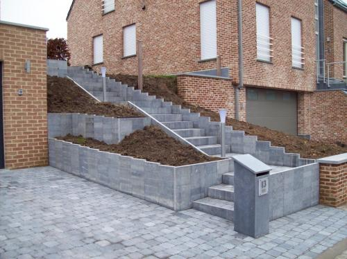 Escalier-et-soutenement-en-pb