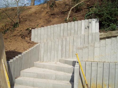 escalier- soutenement-en-beton-2