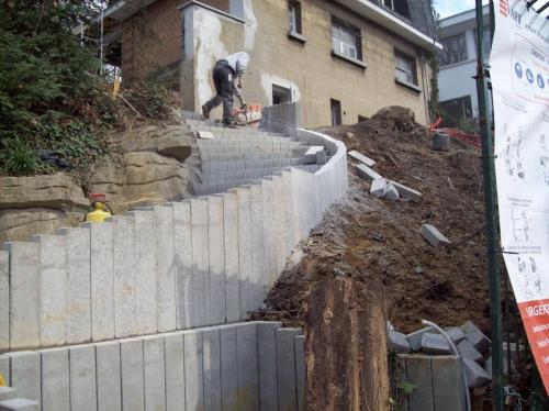 escalier-soutenement-en-beton-1